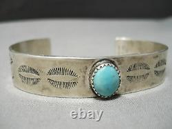 Amazing Vintage Navajo Sky Blue Turquoise Sterling Silver Bracelet