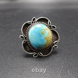 BEAUTIFUL Classic Vintage NAVAJO Sterling Silver TURQUOISE RING size 8
