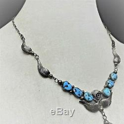 DELICATE Vintage NAVAJO Sterling Silver and SLEEPING BEAUTY TURQUOISE NECKLACE