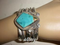 Nice Vintage Navajo sterling silver old pawn turquoise bracelet with arrows
