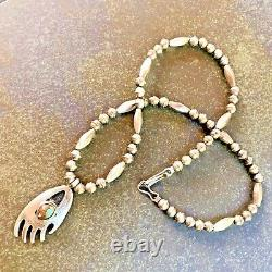 VTG Sterling Silver Navajo Pearls Bench Beads Turquoise Bear Paw Necklace 18
