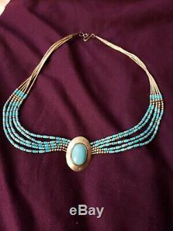 Vintage Beautiful Navajo Sterling Silver &Turquoise Choker Necklace