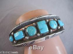 Vintage NAVAJO Heavy Gauge Hand-Tooled Sterling Silver & Turquoise Cuff BRACELET