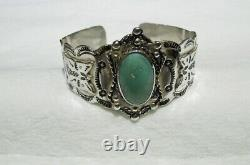 Vintage Native American Navajo Sterling Silver & Turquoise Cuff Bracelet