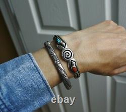 Vintage Native American Navajo Turquoise Sterling Silver Bird Cuff Bracelet